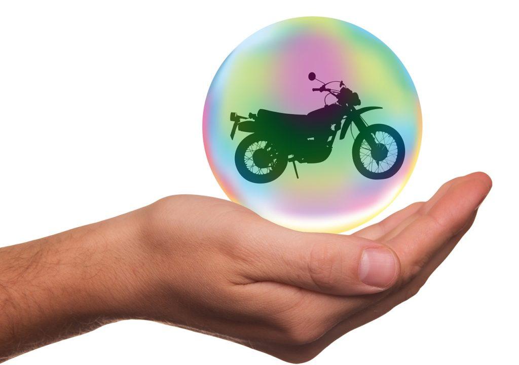 אופנוע בבועה ביד
